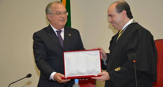 TJM presta homenagem aos 90 anos do Tribunal de Contas de SP